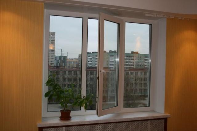 Пластиковое окно в квартиру