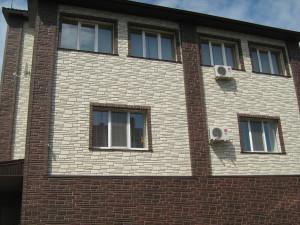 Пластиковые фасадные панели для отделки дома снаружи