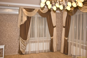 Класика - оригинальные шторы в гостиную