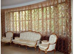 Красивые французские и австрийские шторы в гостиную