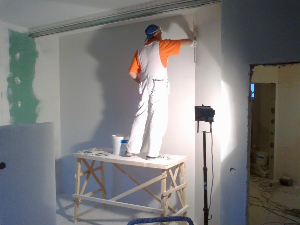 Шпаклевание стены своими руками фото