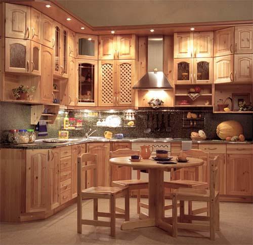 Деревянная кухня фото