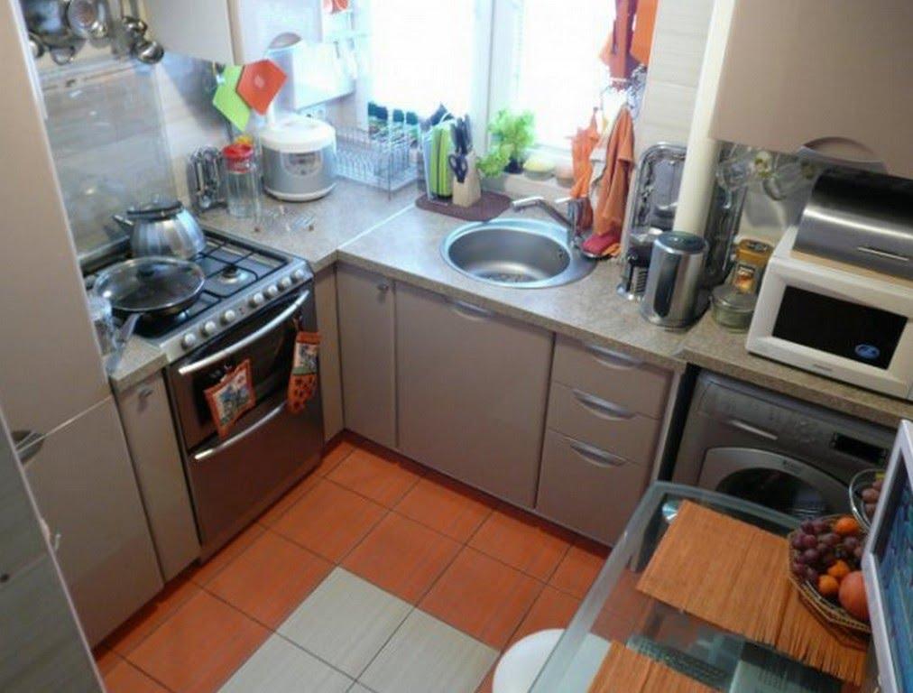 Дизайн кухни 4 метров холодильником фото