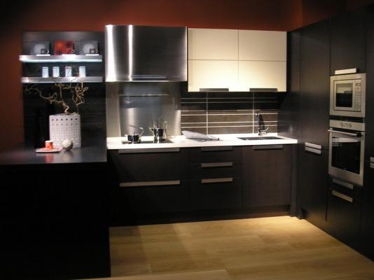 маленькая кухня 8 кв м дизайн фото