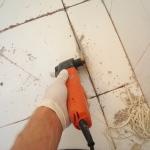 как удалить старую затирку из швов плитки