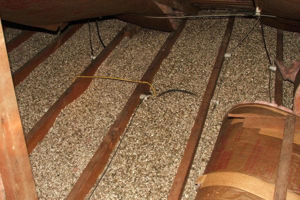 Потолок деревянного дома утеплить своими руками 49