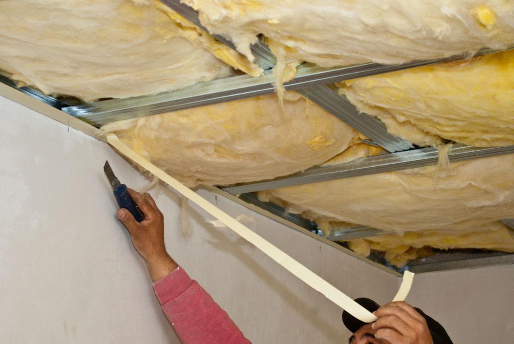 Утепление потолка минватой доме своими руками