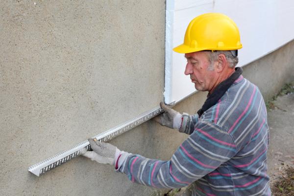 подготовка стен под утеплением пенопластом