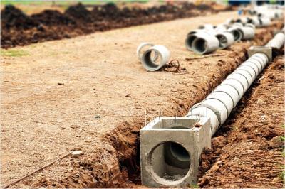 прокладка труб для ливневой канализации