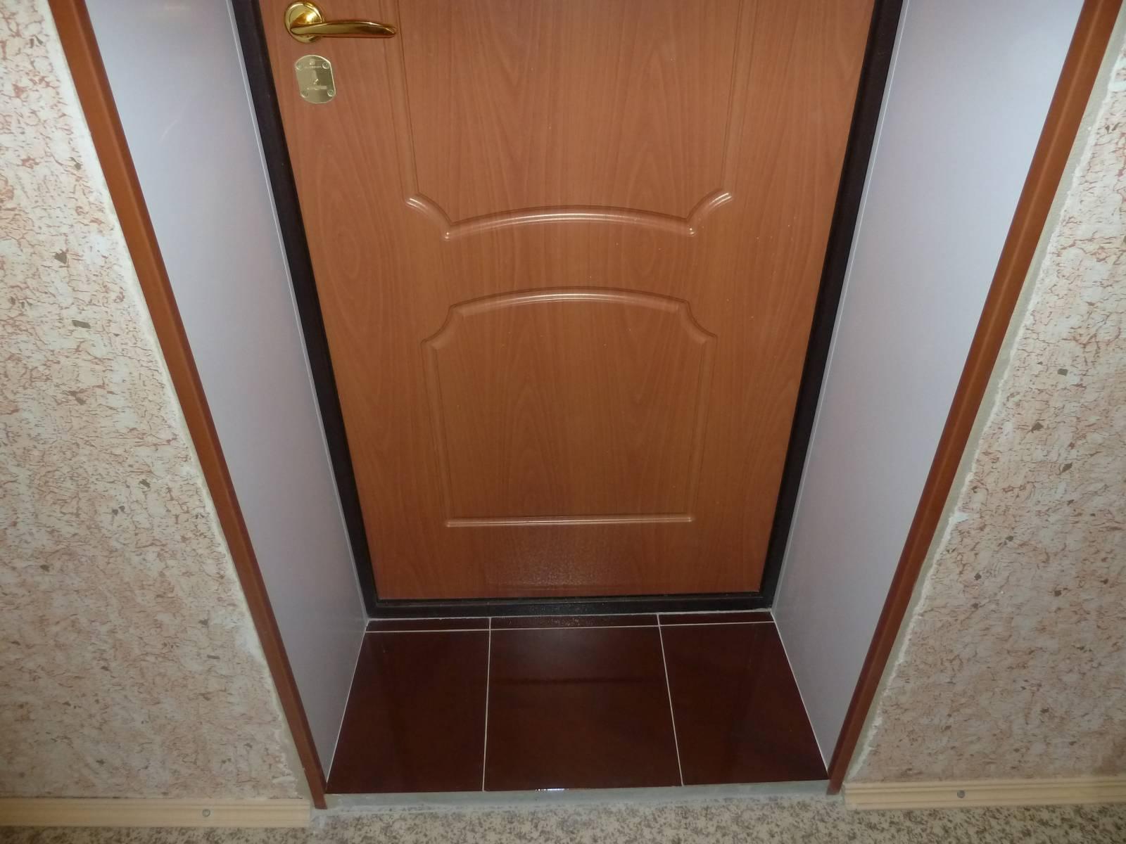 Как штукатурить откосы дверей своими руками