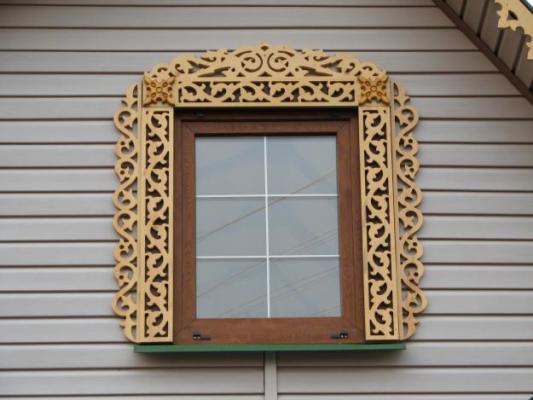 трафареты на наличники на окна своими руками
