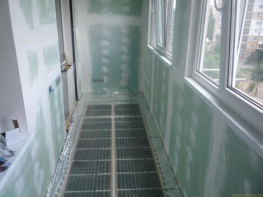 Как утеплить балкон своими руками в панельном 216
