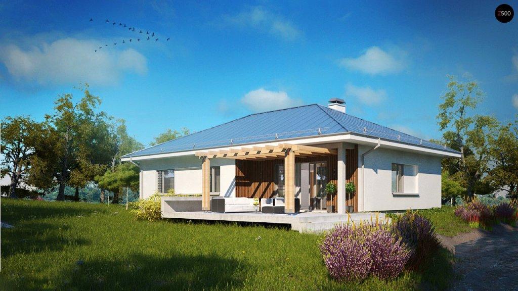 Дом с вальмовой четырехскатной крышей