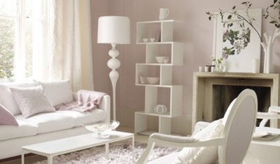 Оформление зала в белых тонах