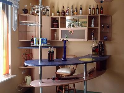 Высота барной стойки для кухни в квартире