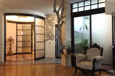 декоративные стеклянные перегородки в квартиру